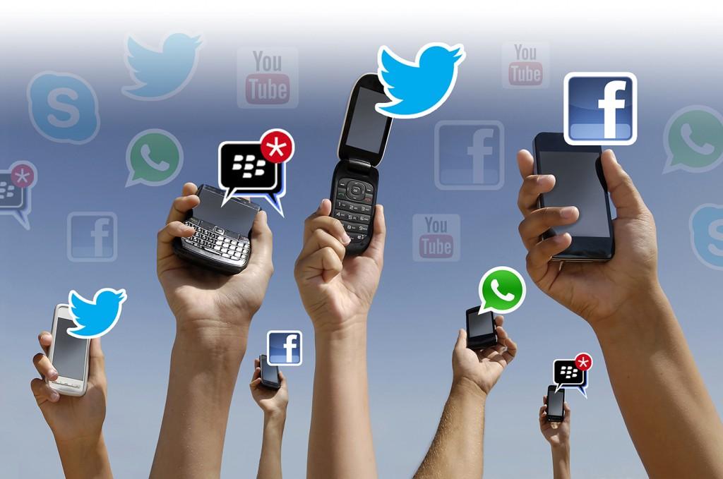 12-Celulares-Redes-Sociales-1024x679