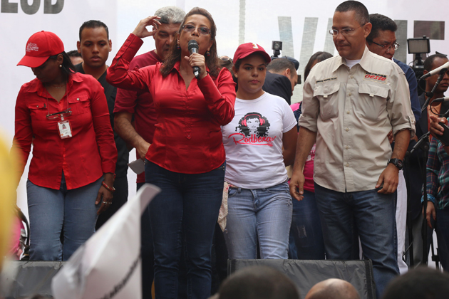 """Tania Díaz: """"En Venezuela no hay violencia electoral ni chavista""""    PolítiKa UCAB"""