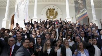 VENEZUELA--La-primera-foto-de-los-diputados-de-la-MUD-en-la-Asamblea-Nacional-gonzalo-morales
