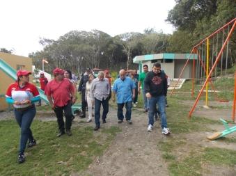 2.- Darío Vivas, Alexis Ramírez, Yván Puliti y María Castillo recorrieron el parque