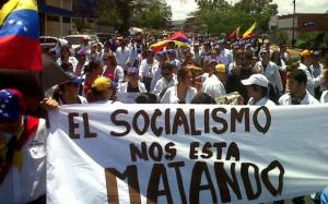 marcha-doctores-socialismo-e1428152336534