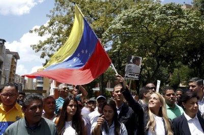 2015-09-04t163657z_1235132410_gf10000193228_rtrmadp_3_venezuela-opposition