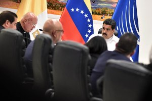 Dialogue between Venezuelan Government and opposition starts in Caracas