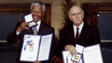 Mandela y De Klerk.093002